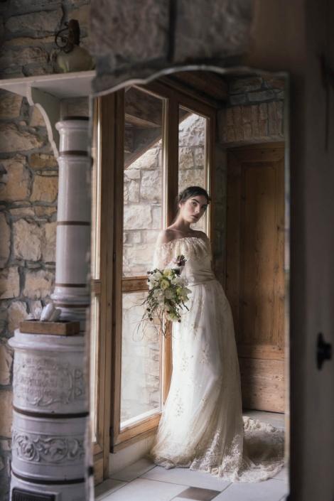 abito-da-sposa-romantico-in-pizzo